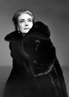 Joan Crawford, what becomes a legend most.