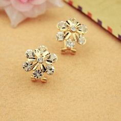 $2.35 Delicate Alloy and Rhinestone Decorated Daisy Shape Earrings For Women