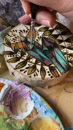 Wood Burning Tips, Wood Burning Techniques, Wood Burning Crafts, Diy Wooden Projects, Reclaimed Wood Projects, Wooden Crafts, Natural Wood Crafts, Pyrography Designs, Wood Burn Designs