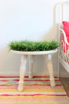 Grassy nightstand how-to. Perfect with a toddler bed. In any woodland, nature, or outdoor themed room!! Theraggedwren.blogspot.com