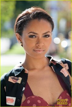 kat graham short hair