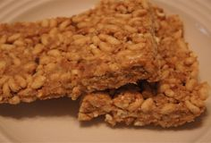 Peanut Butter Pretzel Rice Crispies Bars, 2 weight watchers points plus, 93 calories - salty, sweet, and crunchy oh my!