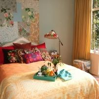 Colourful bed and breakfast, Amsterdam, a