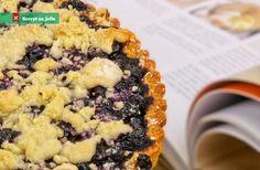 Borůvkový koláč recept Krispie Treats, Rice Krispies, Sweet Recipes, Acai Bowl, Food Photography, Cooking, Breakfast, Desserts, Cupcake