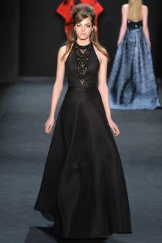 Badgley Mischka Fall 2015 #NYFW http://tiemposdemaria.blogspot.com/2015/02/nyfw-fall2015.html