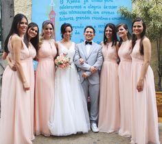 Mini Wedding Ana Wedding Bridesmaids, Bridesmaid Dresses, Wedding Dresses, Weeding, Dj, Mini, Fashion, Wedding Inspiration, Bridesmaids