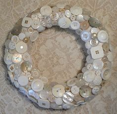 ~ buttons wreath ~ this would be great for a wedding shower or gift.