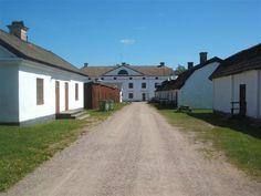 Gysinge Bruk är ett av Sveriges bäst bevarade vallonbruk i södra Gästrikland med anor från 1600-talet. Det har varit ett av ett av Sveriges ledande järnbruk med världens första elektrostålugn, den Kjellinska ugnen.