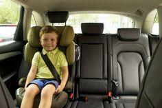 Ideas para que viajar en coche con niños sea ameno | Mamás y Papás | EL PAÍS Car Seats, Ideas, The World, Traveling, Car Seat