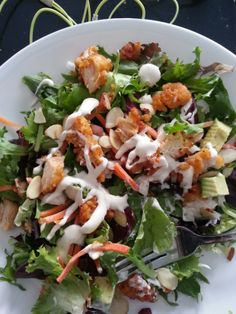 Post Winter Run Salad: Leftover wings with avocado and ranch. 35WORKOUTS.WORDPRESS.COM