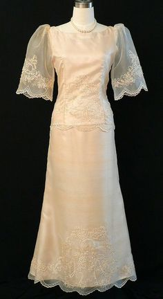 Elegant Barong Suits, Dresses and quality clothing - Barongs R us Modern Filipiniana Gown, Filipiniana Wedding, Philippines Dress, Grad Dresses, Wedding Dresses, Filipino Fashion, Barong, Classy Casual, Formal Gowns