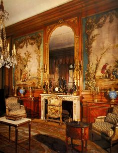 Reconstitution of a Louis XVI living room at the Nissim de Camondo Museum, Paris. Armchairs made by Chevigny ; pair of chest of drawers by Leleu ; the clock set was made after a model by Clodion ; Aubusson tapestries after the Fables of La Fontaine; Carrara marble fireplace and gilded bronzes. #louis16 #style #frenchstyle #museum #interiordecoration #decor #antique #MarcMaison #art #architecture