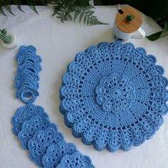 Crochet Chart, Crochet Motif, Diy Crochet, Crochet Flowers, Crochet Storage, Crochet Market Bag, Crochet Circles, Crochet Poncho, Christmas Wreaths