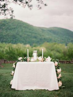 Gorgeous ceremony table: http://www.stylemepretty.com/2014/11/04/romantic-spring-hudson-valley-wedding/ | Photography: Ashley Kelemen - http://ashleykelemen.com/