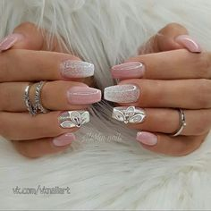 Great Inspiration Nail Art With Glitters To Look More Elegant Nail, Your nails are like a little canvas wherein it is possible to place some inspirational designs like a lace ornament. It is vital to keep the nails wel. Hot Nails, Pink Nails, Hair And Nails, Latest Nail Art, Elegant Nails, Bridal Nails, Wedding Nails, Glitter Nail Art, Gorgeous Nails