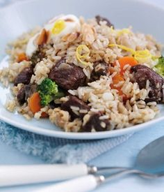 Wholegrain rice has a delicious nutty flavor. This fragrant Arabic dish is lower in fat but packs a flavour punch with its assortment of brown rice, spices, lamb and vegetables. Once it's prepped, leave it in the oven to cook while you put your feet up!