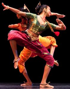 Sri Lankan DANCE. There's an art that always inspires!