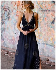 Deep V Neck Elegant Black Maxi Dress Bohemian fashion shop, boho chic dresses, vneck dress Boho Outfits, Fashion Outfits, Party Outfits, Fashion Shoes, Fashion Ideas, Fashion Tips, Looks Hippie, Undone Look, Estilo Hippie Chic