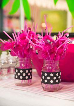 Flamingo Themed Birthday Party - Pretty My Party - #flamingo #birthday #party #ideas
