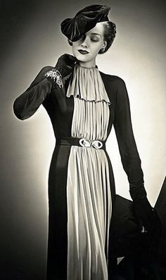 1930 glamour. There's nothing about this dress/look that I don't like. SO elegant! |Vintage fashion||Vintage dress||Vintage hats|                                                                                                                                                      More