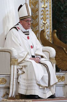 Pope Francis leads a solemn mass at Saint Paul's Basilica in Rome April 14, 2013.