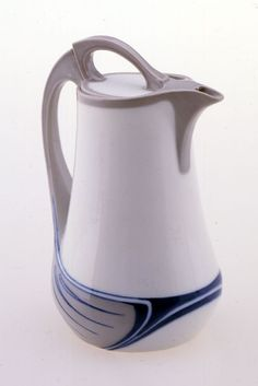 "Coffeepot from ""Saxonia"" coffee service, form U124"