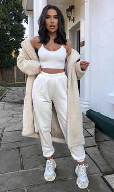 Kpop Fashion Outfits, Winter Fashion Outfits, Mode Outfits, Look Fashion, Girl Outfits, Winter Outfits Tumblr, Cute Lazy Outfits, Trendy Fall Outfits, Stylish Outfits
