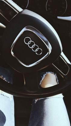 Would you like to be able to offer your dream car to yourself? Luxury Lifestyle Women, Rich Lifestyle, Car Poses, Dope Outfits For Guys, Lux Cars, Couple Goals Relationships, Flower Phone Wallpaper, Cute Photography, Creative Instagram Stories