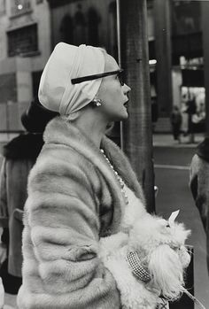 lose the boyfriend | Woman on 5th Avenue, New York City; captured by...
