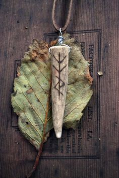 'Pon a hill a green bird sat Her owlets in a green felt hat Her fortune was a wish. Ancient Runes, Viking Runes, Ancient Artifacts, Deer Antler Jewelry, Antler Art, Apothecary Decor, Antler Crafts, Rune Stones, Hedge Witch