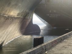 When a Freighter meets a Freighter by _dorothy_, via Flickr