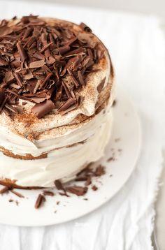 Tiramisu - my FAVORITE dessert in the whole entire Cake Just Desserts, Delicious Desserts, Yummy Food, Italian Desserts, Pavlova, Sweet Recipes, Cake Recipes, Yummy Treats, Sweet Treats