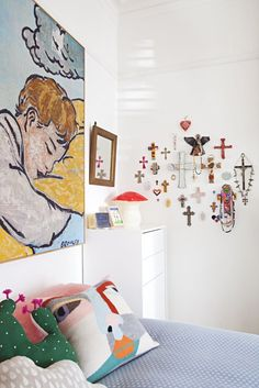 http://www.apartmenttherapy.com/madeleine-karls-colorful-and-creative-family-home-221187