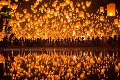 La magie lumineuse du Yi Pang Festival en Thaïlande
