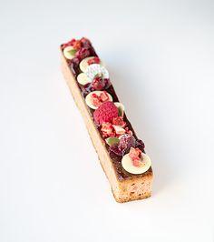 White chocolate brownie with raspberries