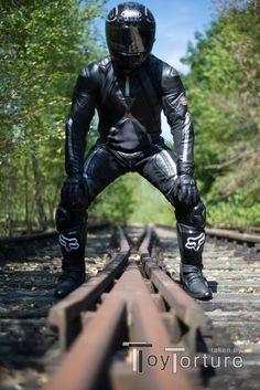 Motorcycle Helmet Accessories, Motorcycle Suit, Motorcycle Leather, Motorcycle Jackets, Motard Sexy, Waterproof Gloves, Bike Leathers, Biker Gear, Full Face Helmets