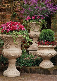 All the romance and history of a Provencal garden, captured here in our gorgeously detailed urn collection Container Plants, Container Gardening, Vintage Garden Decor, Urn Planters, Olive Garden, Vegetable Garden Design, Garden Types, Tuscan Style, Fence Design