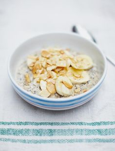 Porridge, lots of ways; Jamie Oliver :: banana, almond and cinnamon; apple, maple syrup and pecan; blackberry and apple