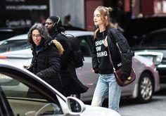 model, maartje verhoef, dkny show, wearing a dkny tee, jeans, jacket, fall street style