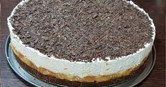 Υλικά 2 πακ. Μπισκότα γεμιστά με σοκολάτα (400 γρ.) 3 κ.σ. βούτυρο 2 φακ. Garni 2-3 μπανάνες 1 & 1/2 κουτί ζαχαρούχο καραμελωμένο 400 ml ... Low Calorie Cake, Greek Sweets, Greek Recipes, Tiramisu, Ice Cream, Cookies, Ethnic Recipes, Food, No Churn Ice Cream