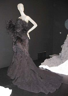 Dress  House of Ricci (French, founded 1932)  Designer: Olivier Theyskens (Belgian, born 1977) Date: 2007 Culture: French Medium: silk, feathers, linen.  Credit Line: Gift of Mario Grauso, 2007!!!