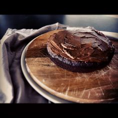 Almost paleo mud cake (refined sugar free, grain free, easily dairy free)