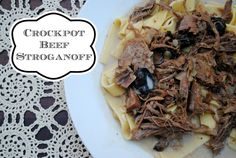 Crockpot Beef Stroganoff: The sauce didn't thicken when we added the cornstarch to the crockpot. But the meat was good and I liked the addition of sour cream. Slow Cooker Freezer Meals, Slow Cooker Recipes, Crockpot Recipes, Freezer Recipes, Beef Stroganoff, Convenience Food, Whole Food Recipes, The Best, Food And Drink