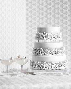 8 Platinum Wedding Cakes | New Dimension