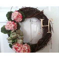 Monogrammed Wreath, great idea for Mothers Day