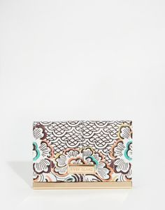 Buy River Island Retro Print Travel Card Holder at ASOS. Get the latest trends with ASOS now. River Island, Retro Backpack, Travel Cards, Wholesale Handbags, Retro Aesthetic, Outdoor Travel, Asos, Card Holder, Retro Print