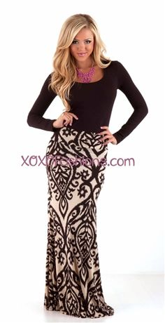 Gorgeous maxi skirt! #damask #black #maxi #maxiskirt #maxis #longskirt #trendy #trendymaxi #love #xoxo #blonde #girl #model #fall #fallfashion #style #fallstyle #gorgeous #trendy #trendymaxi