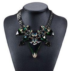 Vintage European Jewellery Big Crystal Rhinestone Necklac... https://www.amazon.co.uk/dp/B01FJ9AWC2/ref=cm_sw_r_pi_dp_x_EIE5xbJTGJKZA