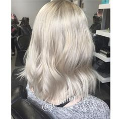 HOW TO: Soft Pearly Blonde | Modern Salon