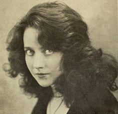 PAULINE PO MISS FRANCE 1921